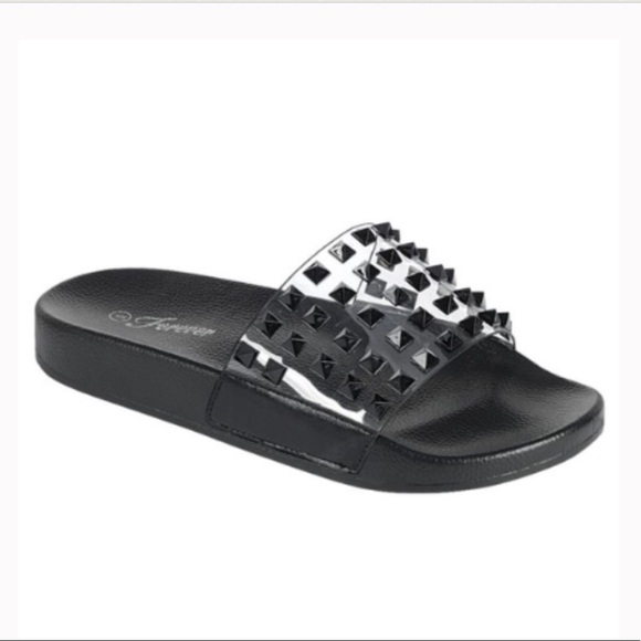 Shoes - ✨Studded Slides✨